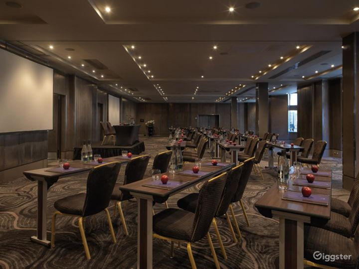 Large Meeting & Event Space in Bloomsbury Street, London Photo 2