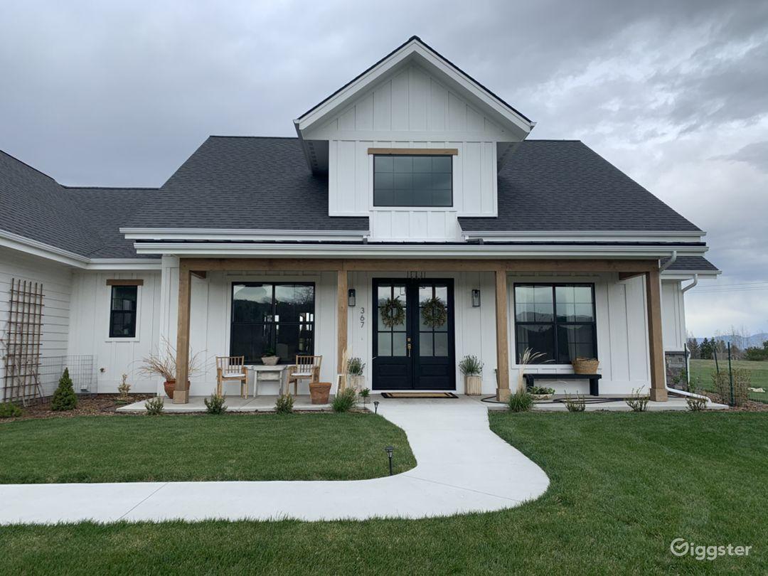 Montana Modern Farmhouse  Photo 1