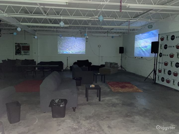 Wide open space to set up photo shoot, video shoot or a event.