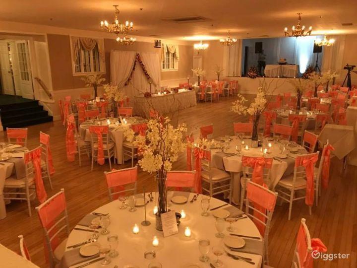 Glamorous Ballroom Setting Photo 5