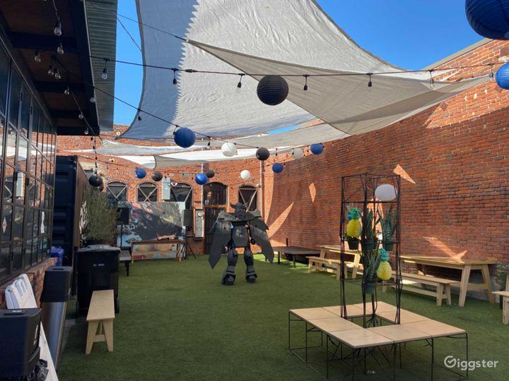 Hip Arts District Outdoor Venue Photo 4