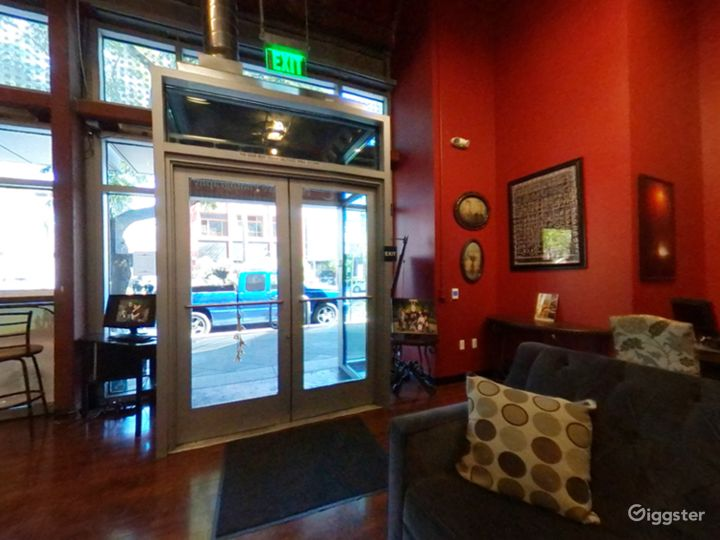 Wonderful Lobby studio in San Jose Photo 5