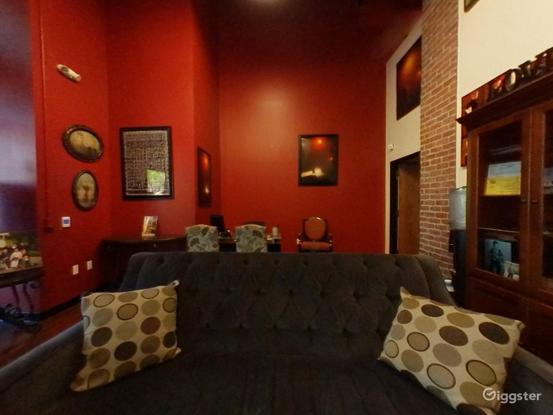 Wonderful Lobby studio in San Jose Photo 1