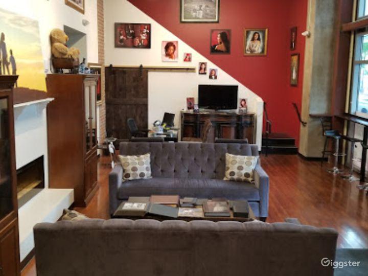 Wonderful Lobby studio in San Jose Photo 2