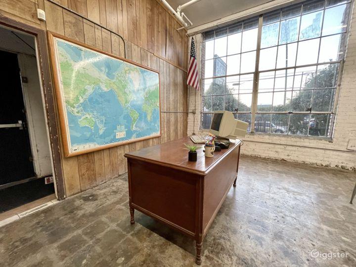 Classroom Set Teachers Desk