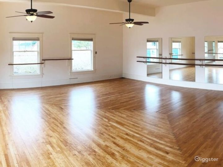 Large Dance Studio in Downtown Olympia Photo 3