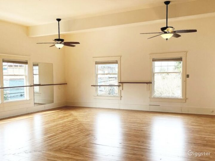 Large Dance Studio in Downtown Olympia Photo 4