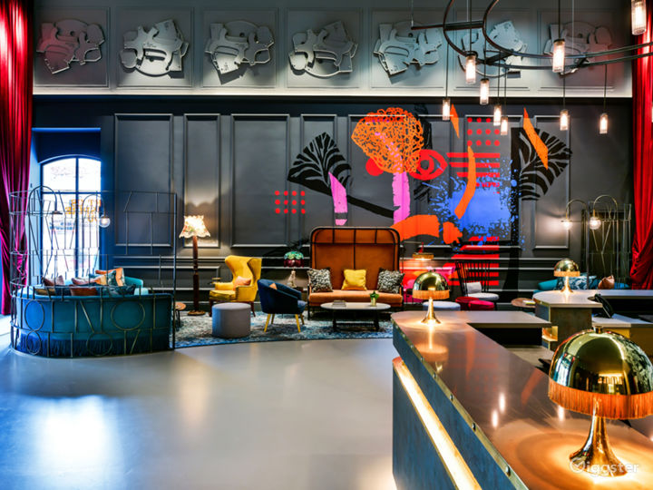 The Lounge in London Photo 5