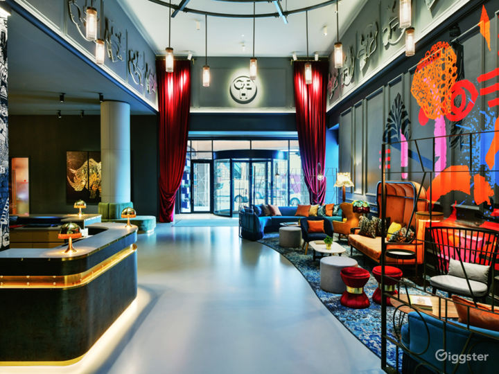 The Lounge in London Photo 3