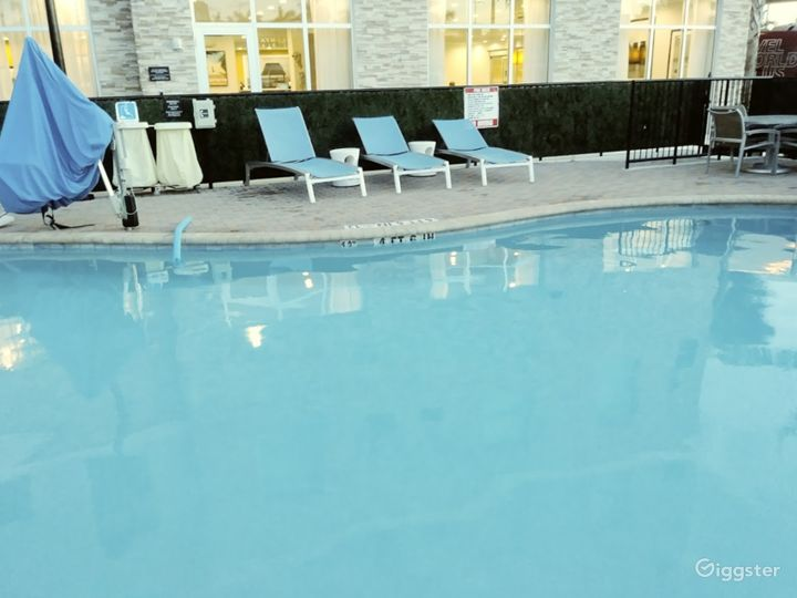 Outdoor Pool Space in Miami Photo 5
