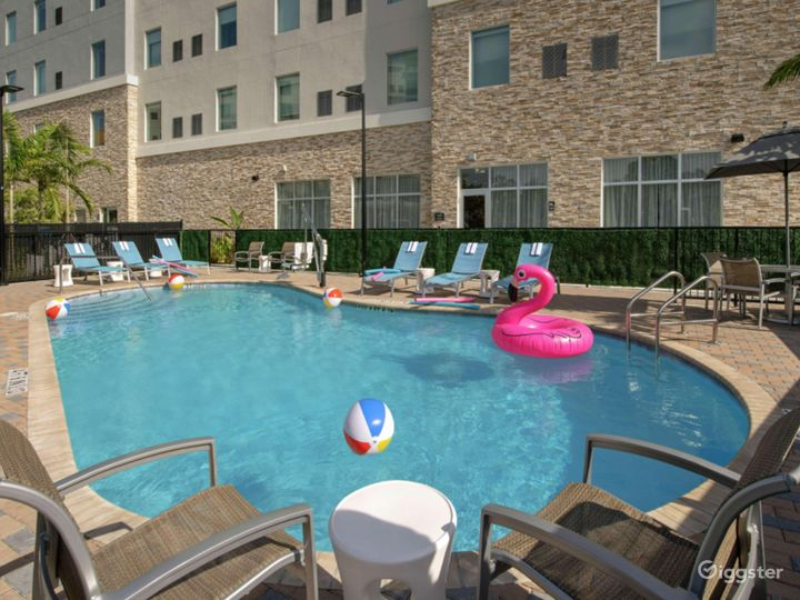 Outdoor Pool Space in Miami Photo 2