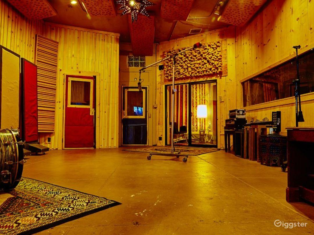 Studio A. Kingsize Soundlabs Photo 1