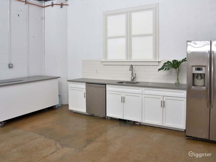 Kitchen City Studio Space Photo 4