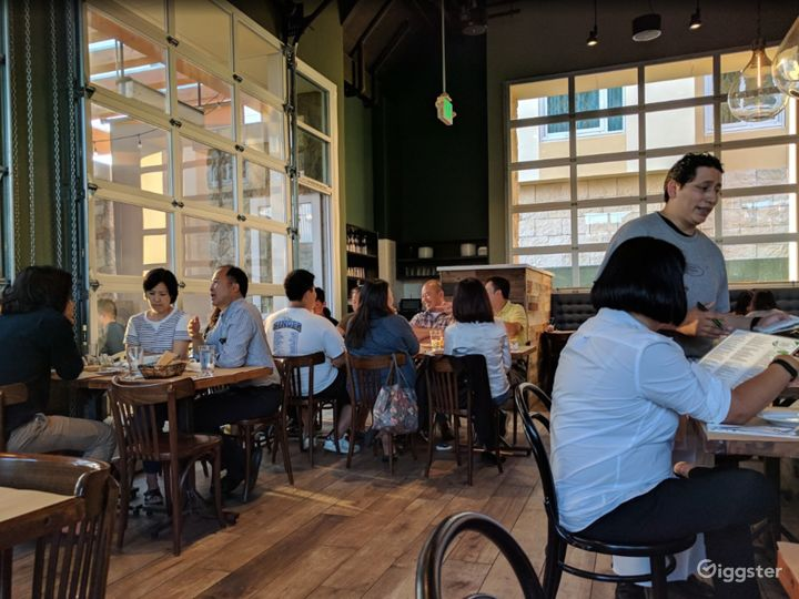 Solidly Comfortable Restaurant in Cupertino Photo 2