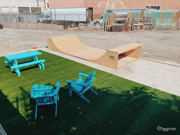 Retro Skatepark! Photo 3