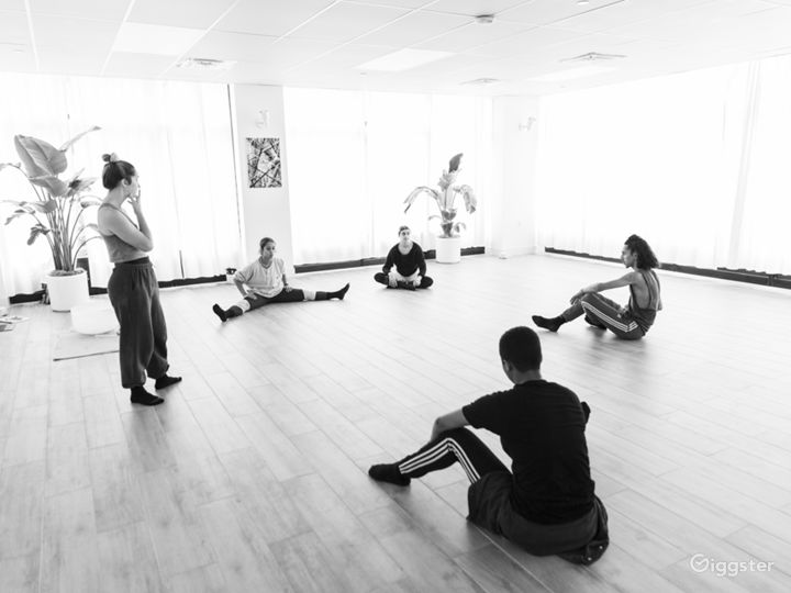 Modern Art & Yoga Studio (Event Space Only)  Photo 5