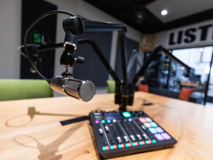 Professional Podcast Studio  Photo 3