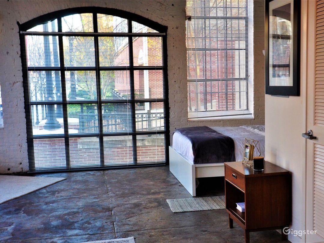 Urban Downtown Studio Loft Photo 1