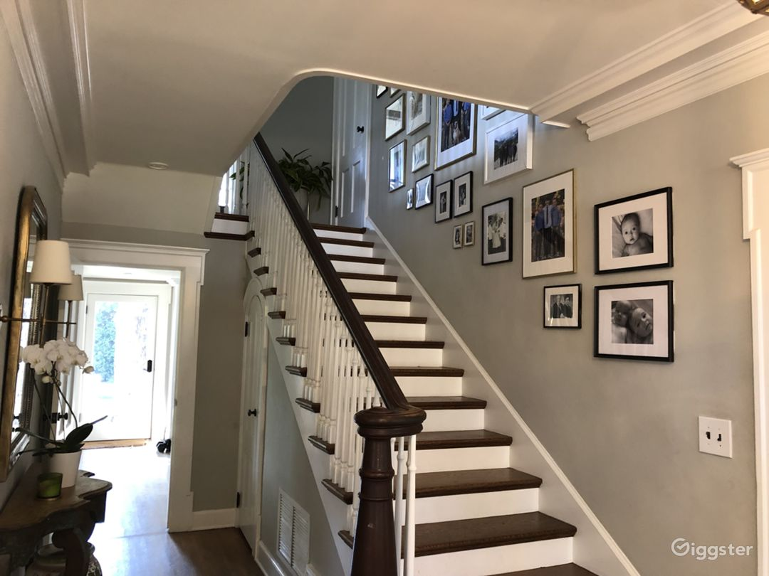 1920's 2-story Greek Revival Home Photo 3