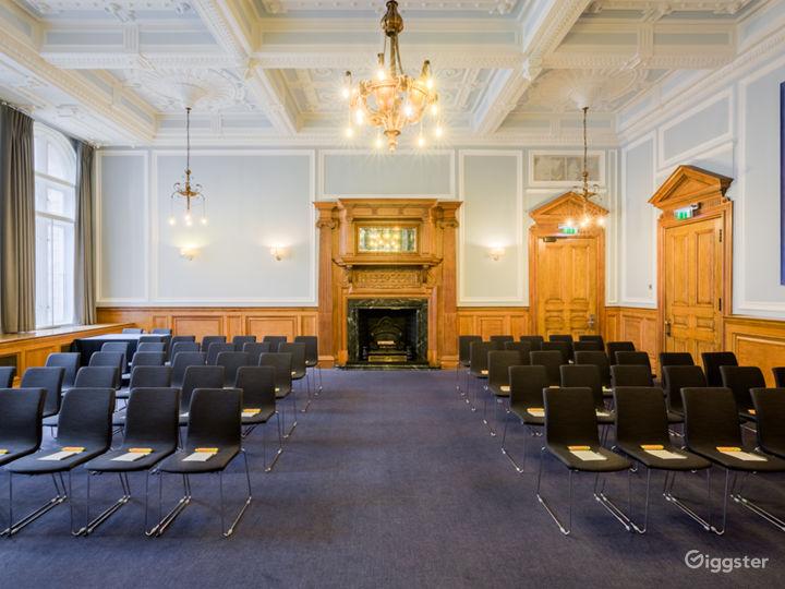 Bishopsgate & Chancery in London Photo 3