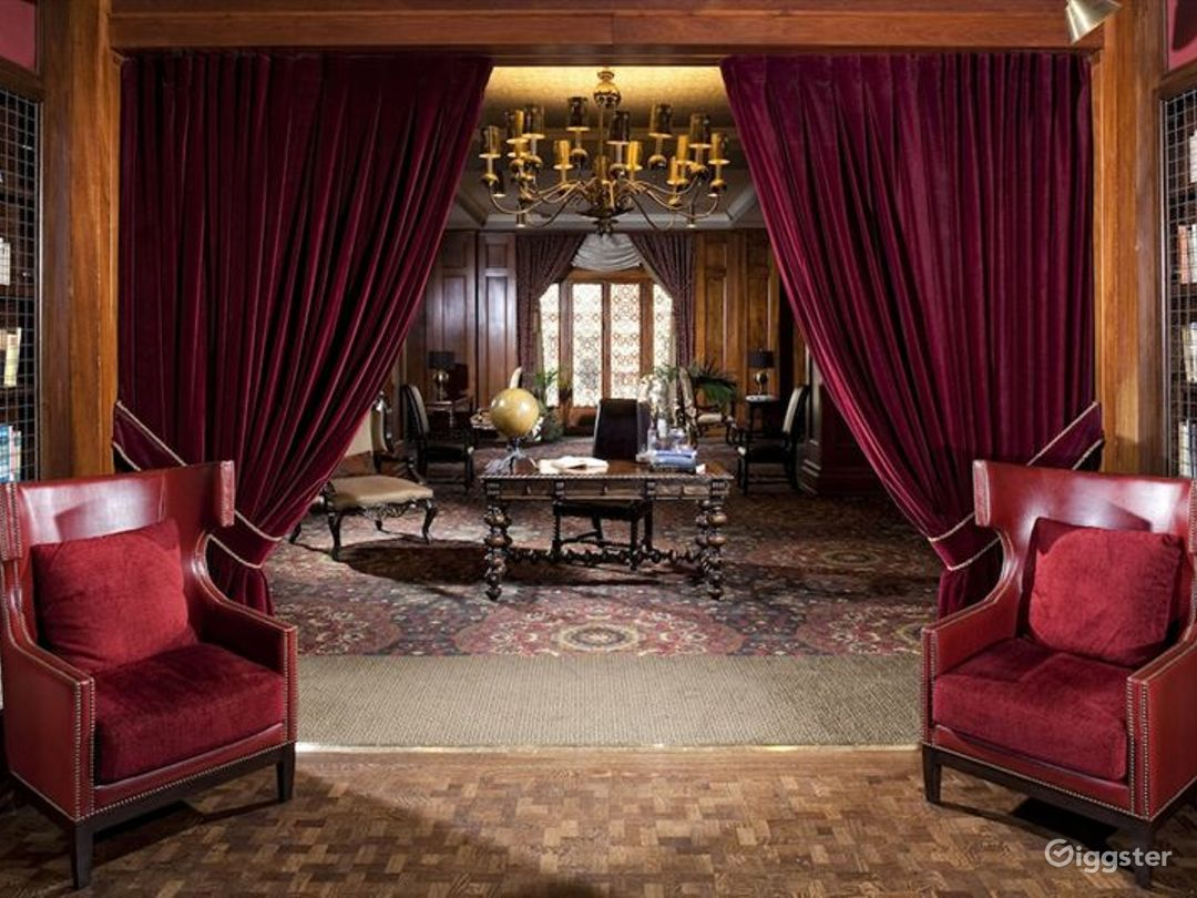 Elegant Lounges Photo 1