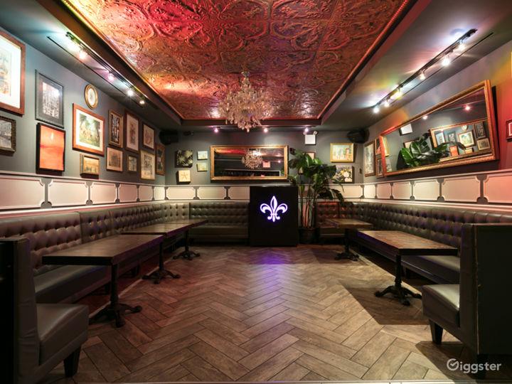 Upscale Lounge & Bar in Manhattan
