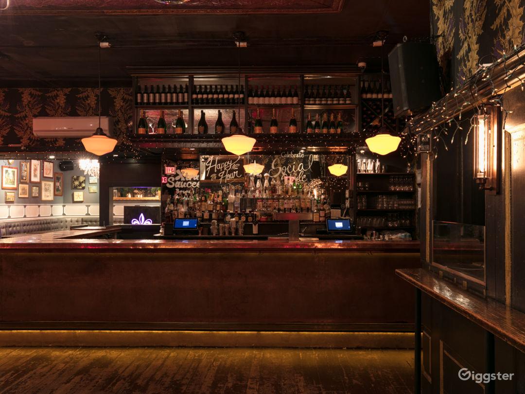 Upscale Lounge & Bar in Manhattan Photo 4