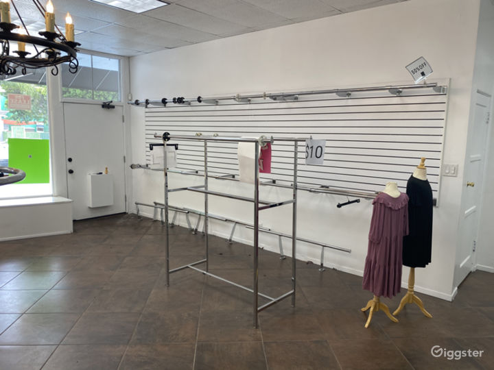 Empty Retail Space with Great Frontage Photo 5