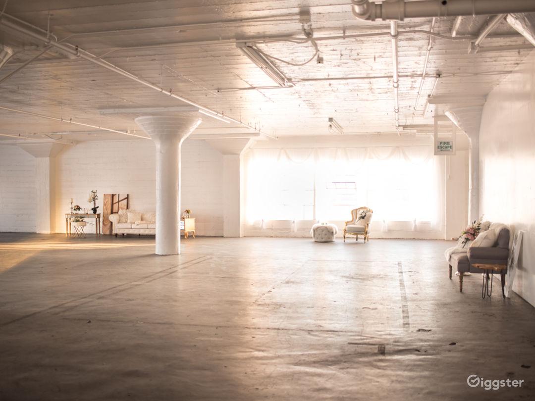 6000 Sq Ft DTLA Large Dreamy White Studio Photo 5