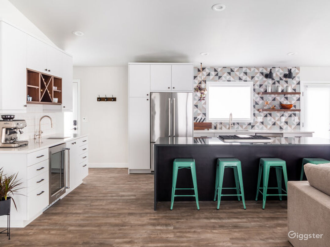 Event Space Equipped with a Kitchen in Beaverton Photo 1