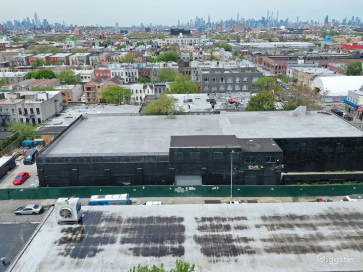 Unique Warehouse Rustic/ Industrial Venue Photo 4
