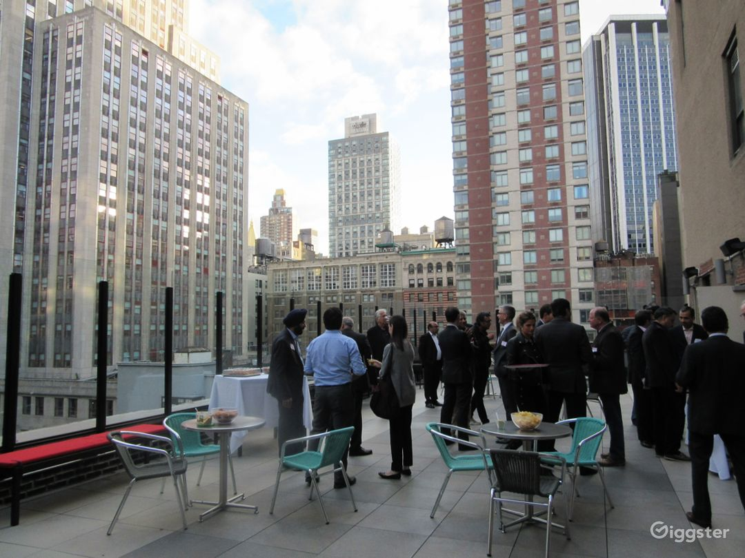 Herald Square/34th St Rooftop Terrace -City Views  Photo 3