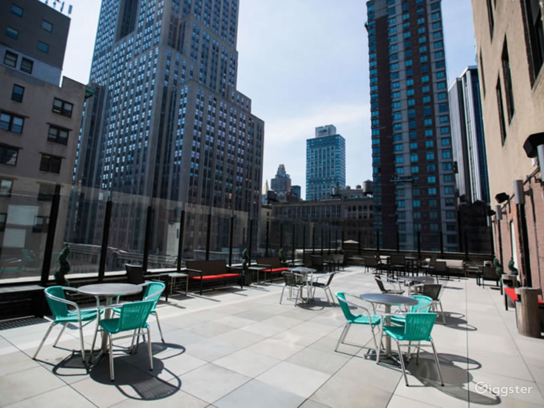 Herald Square/34th St Rooftop Terrace -City Views  Photo 1