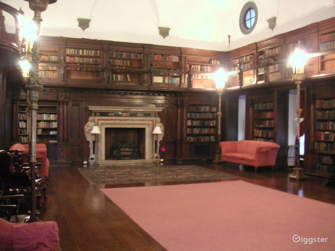MEN'S CLUB 2 - Cosy Place with Small Library and Piano Photo 2