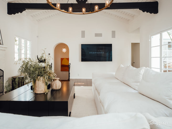 Hollywood Hills Spanish Picture Home Photo 5