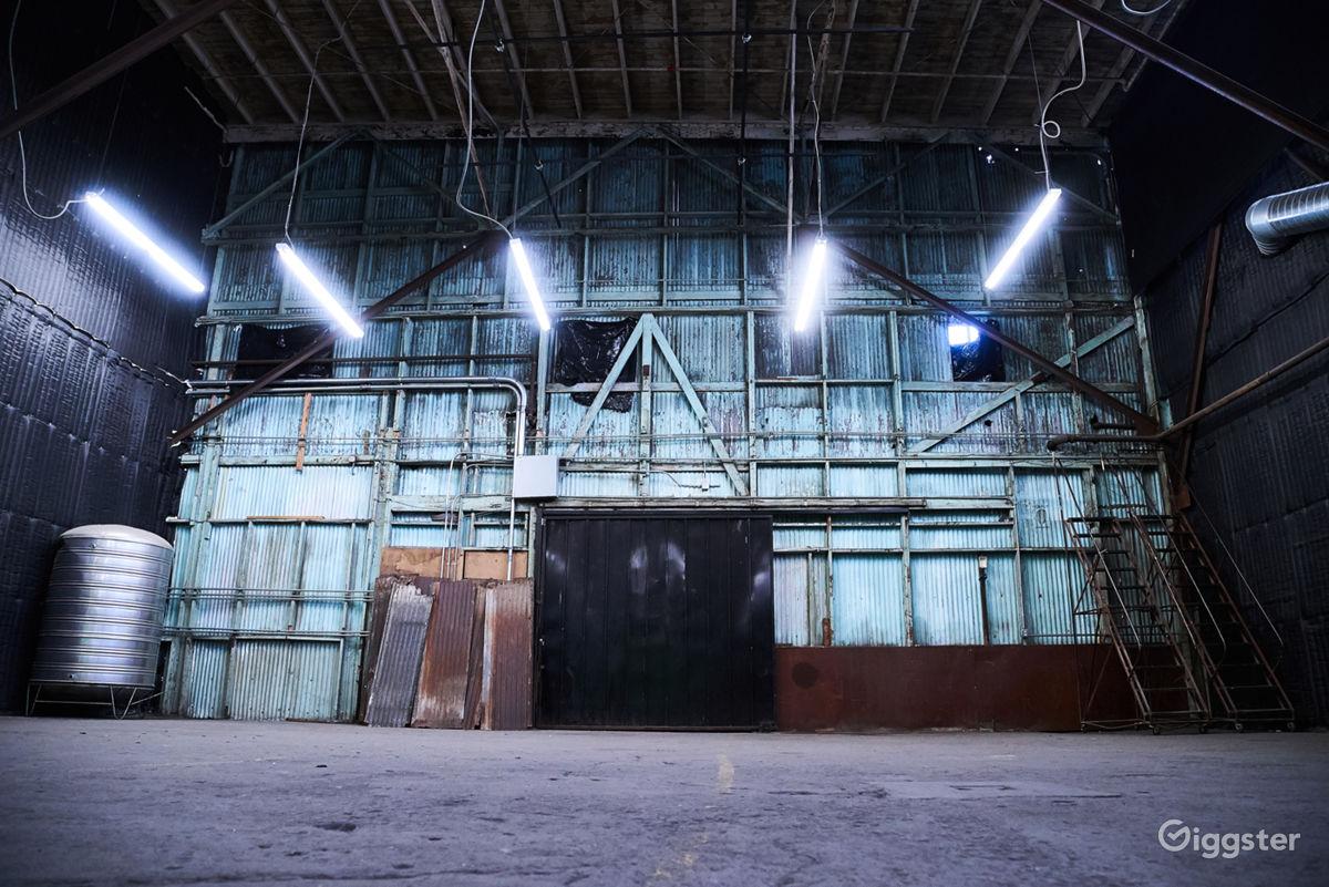 Rent Huge Warehouse Studio + Cyc Wall + Black Soundproof Film Studio ...