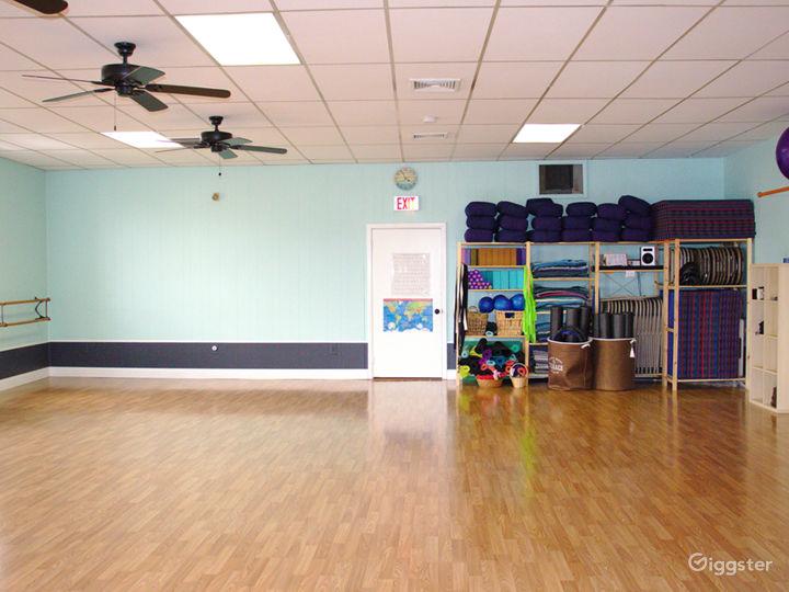Spacious Sun Drenched Dance Studio  Photo 4