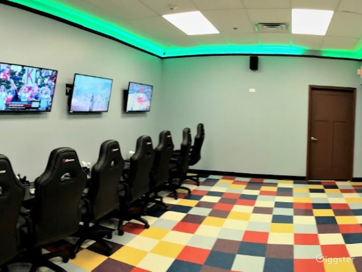 State of the Art Gaming Room Photo 3