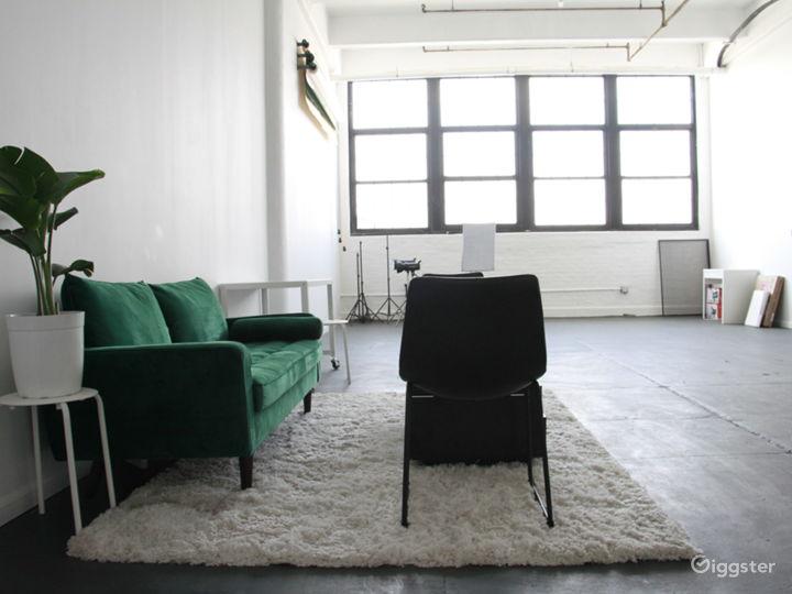 Multi-Purpose Brooklyn Studio with Natural Light Photo 4