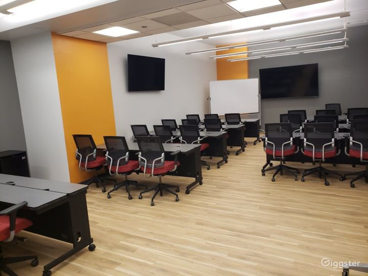 Seminar Room with a Professional Atmosphere  Photo 2