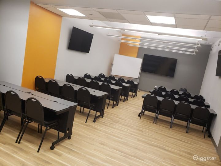 Seminar Room with a Professional Atmosphere  Photo 3