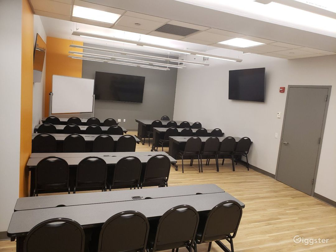 Seminar Room with a Professional Atmosphere  Photo 1