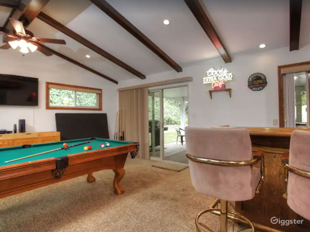 Home with Family Gameroom in California Photo 1