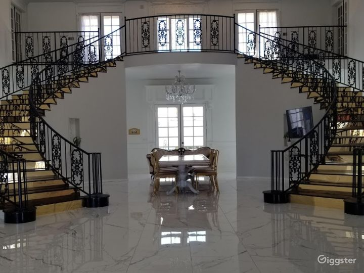 A Grand Staircase Venue for Special Events  Photo 4