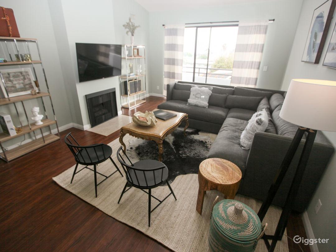 Clean, Crisp Penthouse Photo 1