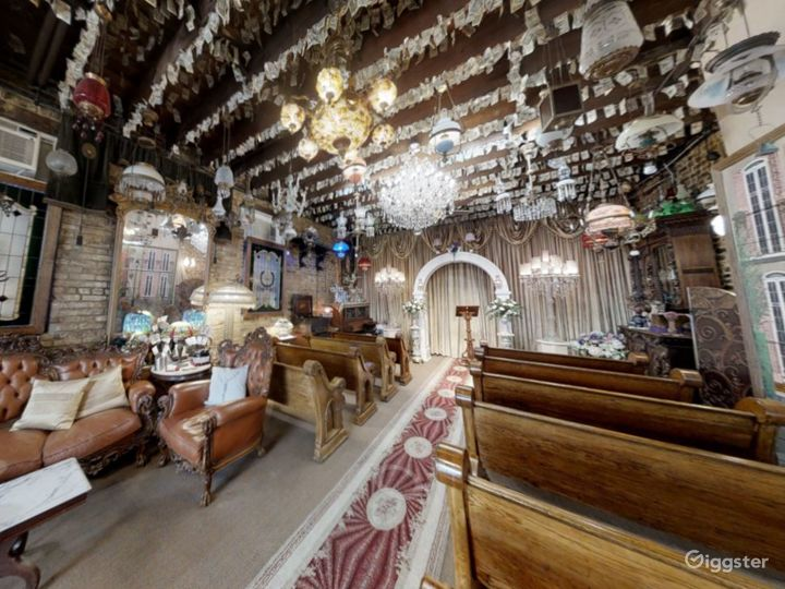 Wedding Chapel in the Historic French Quarter Photo 5