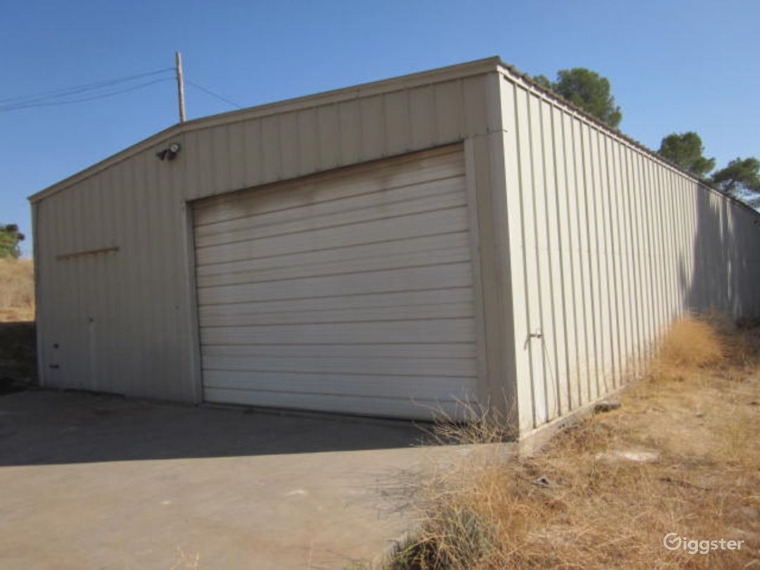 Warehouse / shop 76 feet long x 36 feet wide.