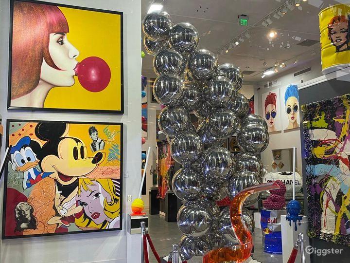Spacious Fine Art Gallery in Las Vegas Photo 5