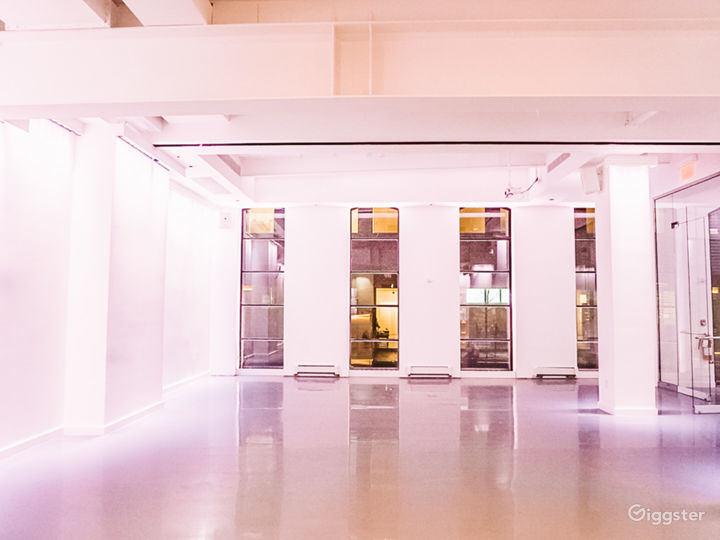 Iconic White Space in the Heart of Chelsea  Photo 3