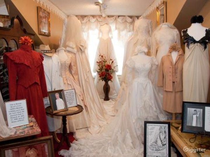 Unique Fashion Museum in New Orleans Photo 2